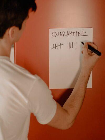 man in coronavirus quarantine